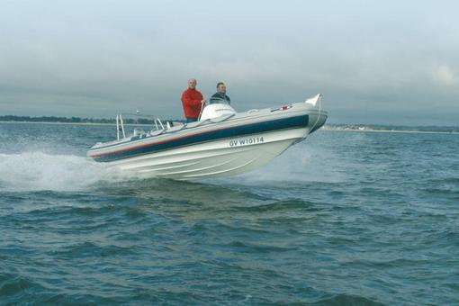 photo essai bateau pneumatique : SPORTS 650 Ribeye