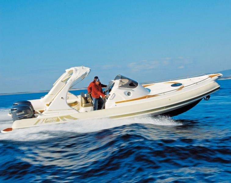 photo essai bateau pneumatique : Wide 950 Joker Boat