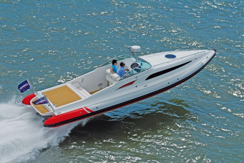 photo essai bateau pneumatique : Sting 10 m Scorpion