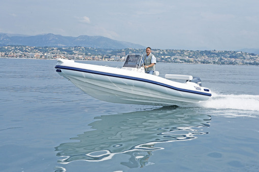 photo essai bateau pneumatique : 630 dynamic Marlin