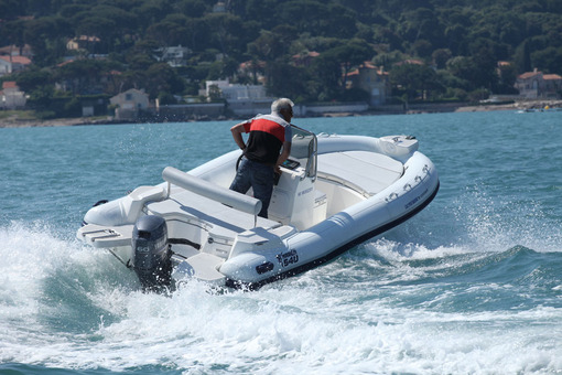 photo essai bateau pneumatique : 540 dynamic Marlin
