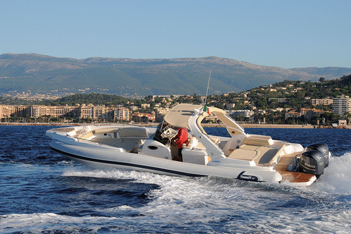 photo essai bateau pneumatique : 34' FB Marlin