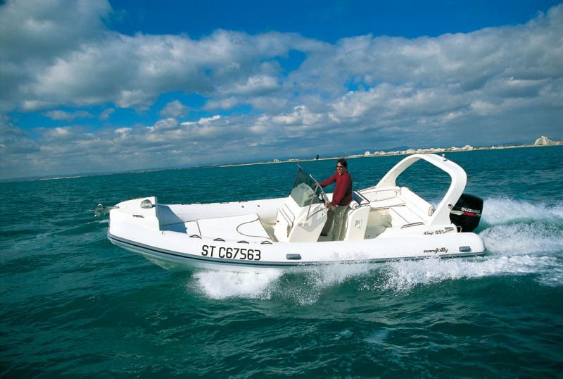 photo essai bateau pneumatique : King 720 Extreme Nuova Jolly